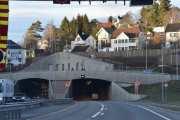 Brynstunnelen i sikte, det er fort gjort å kjøre de 267 meterne igjennom tunnelen