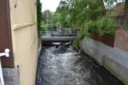 Mandag - flere kanaler inne i byen