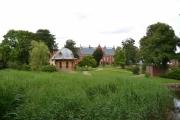 Mandag - store hager og gamle bygg