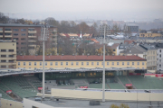 Bislett stadion, her er det mye historie i veggene. Skal si at stadion har forandret seg siden gamledager. Men jeg ser et spir mellom lyskasterne