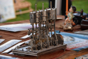 Her er min første gjetning, en evighetsmaskin. Hva er ditt forslag?