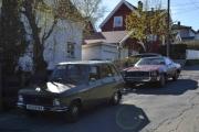 Lørdag. Når vi kom hjem stod det en staselig bil foran naboens hus, tok meg friheten til å rygge noen meter og knipse et bilde. Den hadde også vært på Ekeberg.