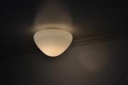Mandag. Her ser dere den nye lampekuppelen og den passer