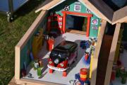 Men det dukker opp noen tøffe garasjer, synd de ikke var i 1/87 skala, det er det jeg samler på