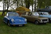 Selvfølgelig fikk jeg parkert ved siden av Ford Galaxie, men hvem har jeg fått på venstre siden? Jo, det er en Porsche 356, 1965 modell. Sist vi var i Årdal var det en Ferrari som parkerte ved siden av oss