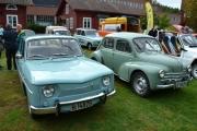 Her ser vi en 8 og en 4CV til, alt hittil er selvfølgelig Renault