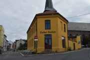 Normannsgata 44, oppført ca. i 1870. Det har tidligere huset bl.a. politivakt, galleri og barnehage