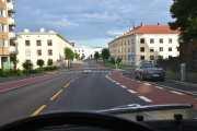 Vi tar Hans Nielsen Hauges gate igjennom Torshov som er oppkalt etter lekpredikanten Hans Nielsen Hauge. Her ser vi forresten den første el-sparkesykkelen på venstre side, stod pent parkert den da