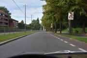 Vi fortsetter nedover Kirkeveien til vi kommer til Vigelandsparken også kalt Frognerparken, det skal stå en her inne også, men hvordan skal jeg få inn bilen? Må bli et prosjekt senere det