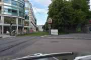 Litt dumt at jeg ikke så Oslo Ridehus, i år fyller de 90 år. Ser dere Skjæra på trikkesporet?