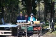 Kort-tur til Maridalen 9 mai 2018. Første stopp, her sitter vi midt i skauen og ser på fuglene