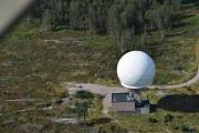 Haukåsen er en ås i Oslo kommune, tårnet er en radar som overvåker Jarle som er min pilot til ikke å fly for lavt over Oslo