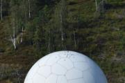 Så har radaren noen antenner på toppen som søker etter ord som ikke bør være på mobilen, nå bare tuller jeg :-)