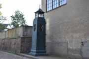 Her passerer vi et nedstigningstårn i støpejern som ble brukt av Oslo Lysverker i 1910-1920 åra. Det står et ved Slottsparken også som jeg har tatt bilde av