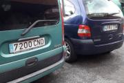 Mandagen kan bli bra den, Renault Kangoo til venstre og kanskje en Renault Laguna til høyre?