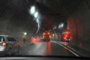 Så neste tunnel vi kjører inn i er Tåsentunnelen