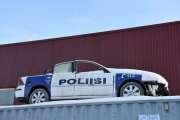 Hva gjør en finsk politibil her på Skarnes, jeg bare spør?