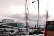 Men nå venter vi i spenning, skal de til Valdres eller til Norsk Folkemuseum på Bygdøy? Det er kanskje noen stabbur fra Valdres der inne?