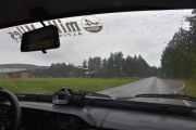 Vi kjører nå i en Renault 12 men det er ikke en vanlig motor i denne, skal være en del kraftigere har jeg hørt