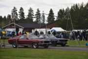 De neste som starter er en Ford Mustang hvor vi ikke vet årstallet og en Ford Mustang fra 1967