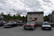 Den til venstre har vi tatt, så kommer det en Cadillac Eldorado Convertible - 1963 modell og til slutt til høyre en BMW 318i, 1989 modell.