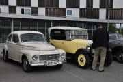 Her kommer to til, en Volvo PV, 1965 modell og en god gammel Citroen Touring C4C fra 1927. Nå snakker vi veldig gammel årgang