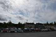 Oversiktsbilde - Jaggu er det fint å se så mange gamle biler på et sted