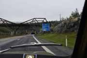 Det er 6 kilometer igjen til Minnesund og vi har snart kjørt i en time nå med en stopp