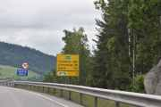 Ja nå er det like før vi kjører over Mjøsbrua og vi har 29 km igjen til Lillehammer