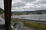 Men nå nærmer vi oss og vi ser Lysgårdsbakkene hoppanlegg i det fjerne