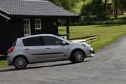 Leser jeg sidepanelet rett er dette en Renault Sport