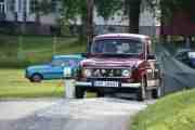 Da dukker vår redaktør opp med sin Renault 4 fra 1983, nå vil alt ordne seg