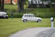 Se så nydelig bil, ser jo helt ny ut. Vi skal få tak i modell og årstall etterpå