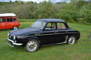 Så har vi en Renault Dauphine, blank og fin den også