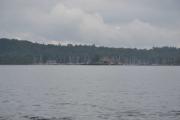 Langt der ute ser vi litt av Hovedøya hvor blant annet Oslo Sjøskole ligger