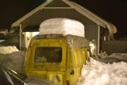Til og men Renault Estafette`n lider av all den snøen