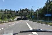Nå sparer vi litt på bildene og tar et når vi kommer til Rælingen kommune og skal kjøre igjennom Rælingstunnelen som er 1850 meter lang. Det er en radarboks her inne også, så pass på