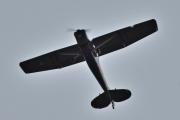 Morten 10 september 2020 - Ukjent fly over Høyenhall, bare en liten sirkel på vingen og på siden