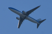 Morten 1 juni 2020 - KLM over Høyenhall, det er et Boeing 737-8K2