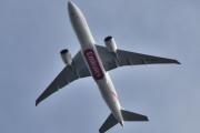 Morten 12 mai 2020 - Stort fly over Høyenhall, det er A6-EFM som er et Boeing 777-F1H eiet av Emirates SkyCargo