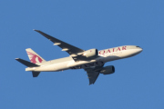 Morten 4 januar 2020 - Qatar Cargo over Høyenhall, vi må følge den