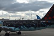 Morten 5 februar 2020 - Når vi skulle ut fra flyet når det hadde landet så jeg Tintin flyet. Et samarbeid mellom Brussels Airlines og Moulinsart. Til og med på innsiden er også flyet preget av Kuvertin og kaptein Haddock