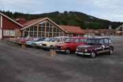 Fredag - 5 norske biler ser jeg her, 3 Renault 4 og 2 Renault Fuego