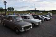 Fredag - 1 norsk bil ser jeg her og det er vår egen. Renault 6 TL fra 1975