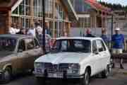 Fredag - Vi sjekker opp denne også, en Renault 16 fra 1975 med en motor på 65hk