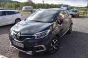 Fredag - Her har vi en danske også, vi sjekker hva han kommer med. Renault Captur TCE 120 fra 2017. Lurer på hvem det er sin?
