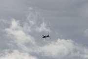 Fredag - Hva med et fly som går her over Romme Alpin?