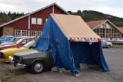 Fredag - Teltet er et universaltelt, kjøpt i Danmark men det er gammelt