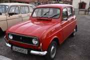 Fredag - Ny norsk bil, det er en Renault 4 fra 1975