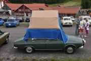 Lørdag - Renault 12 med teltet på taket